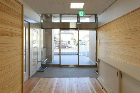 10 1階廊下・玄関