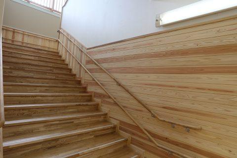 33 1階階段